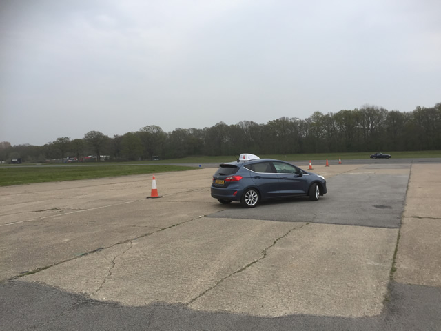 Dunsfold young drivers off road driving (13)