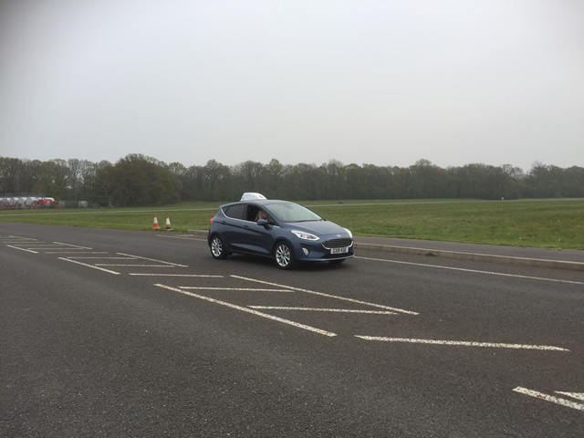Dunsfold young drivers off road driving (7)
